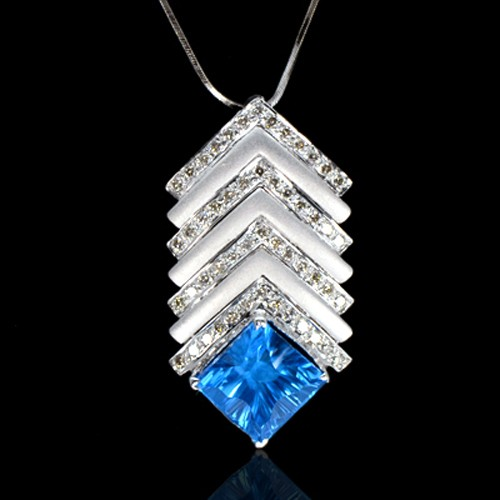 18K Pure Gold Natural IF Swiss Blue Topaz Diamond Ladies Pendant With Chain