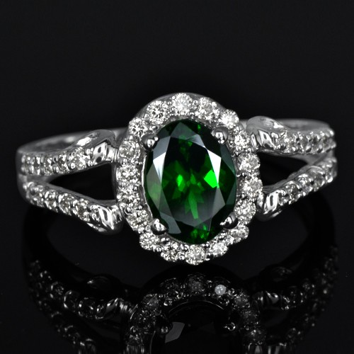 14k W Gold Natural 1.08 Carat Top Green Tsavorite Garnet Diamond Fine Designer Ring