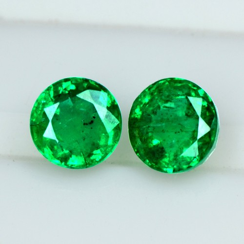 1.05 Cts Natural Emerald Rich Green Loose Gemstone Round Cut pair Zambia 5 mm